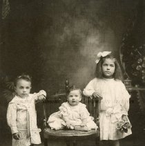 Image of Pevin Family Portrait