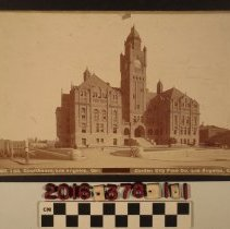 Image of 2016.378.1.1 - A cabinet photograph of the Courthouse building in Los Angeles