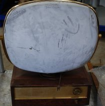 Image of 1987.017.0001 - Television