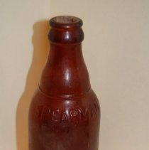 Image of H.09.00.002.0146 - Bottle