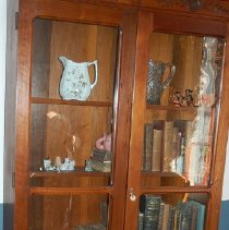 Image of 00.197.0137 - Bookcase