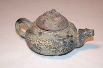 Image of 2004.034.003 - Teapot
