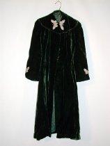 Image of 2004.064.003 - Coat