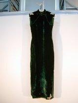 Image of 2004.064.004 - Dress