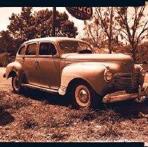 Image of 2004.001.0397 - V.E. Davis vs. C.C. Green Car Wreck