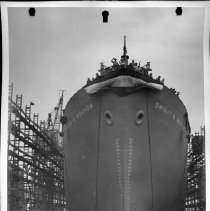 """Image of MC14.7S.6 - Liberty Ship launching of the S.S. """"Dwight D. Morrow"""""""
