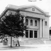 Image of 2003.001.054 - Union Congregational Church, 1910s.
