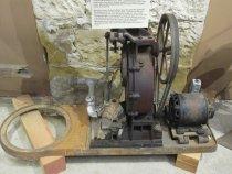 Image of water pump - 1992.041.0017