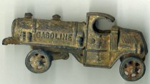 Image of toy gasoline truck - 1993.043.0001
