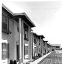 Image of 1983/001/SBPM01637 - Sacramento Bee