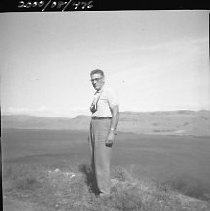 Image of 2000/008/476 - Robinson, Bette
