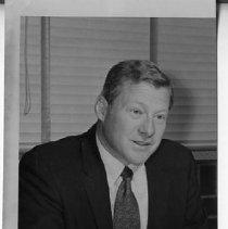 Image of 1983/001/SBPMP04093 - Sacramento Bee