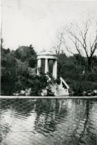 Image of Swan Pond and Love Temple  1919 - 1992.1.1