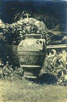 Image of Etruscan Urn  circa 1900 - 2004.1.406
