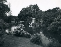 Image of Swan Pond and Love Temple - 2004.1.46