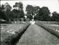 Image of Rose Garden  1925 - 2004.1.655