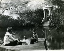 Image of Swan Pond with Family - 2004.1.98