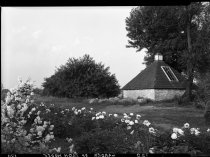Image of Springhouse and Peony Border 1937 - 2011.8.120