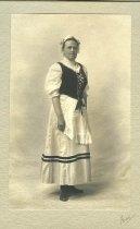 Image of Bessie Morris 1909 - 2013.16.1