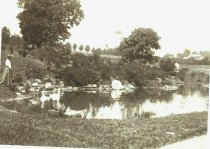 Image of Lydia & Swans at Pond Before Love Temple  1905 - 2013.209.1