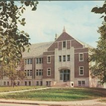 Image of Postcard - L.A. Pittenger Student Center, Ball State Teachers' College, Muncie, Indiana.