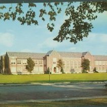 Image of Postcard - Burris Laboratory School, Ball State Teachers' College, Muncie, Indiana.