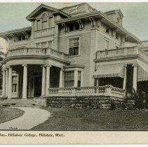 Image of Postcard - Prof. Mauck's Res., Hillsdale College, Hillsdale, Mich.