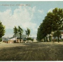 Image of Postcard - Bacon Street, Looking East, Hillsdale, Mich.