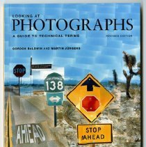 Image of Looking at photographs : a guide to technical terms  - Baldwin, Gordon.