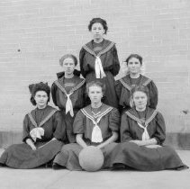 Image of 1906 Longmont girls basketball team - Postcard, Picture