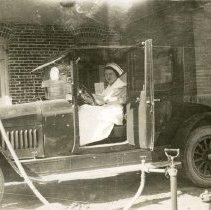 Image of Nurse in car