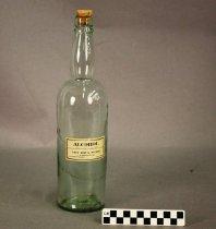 Image of 1977.173.71 - Bottle, Medicine