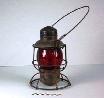 Image of 1987.1.1961 - Lantern, Railroad
