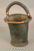 Image of 522.11 - Bucket, Fire