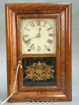 Image of B702 - Clock, Shelf