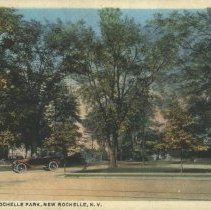 Image of Postcard - Entrance to Rochelle Park
