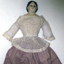 Image of 1927.018.001 - Doll
