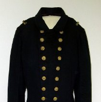 Image of 1943.047.002 - Coat