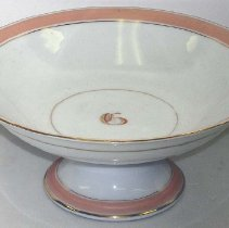 Image of 1974.008.074 - Serving Dish