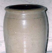Image of 1975.009.021 - Jar