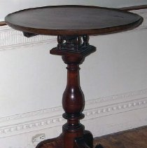 Image of 1975.017.035 - Candlestand/Table