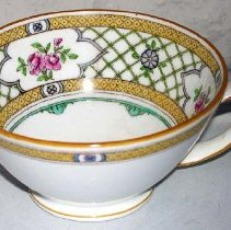 Image of 1975.017.044 c - Teacup