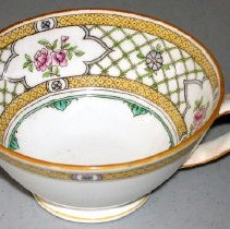 Image of 1975.017.044 d - Teacup