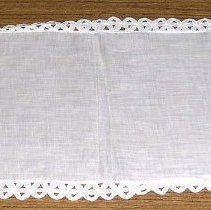 Image of 1975.017.142 - Table Scarf