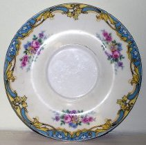 Image of 1975.017.154 - Saucer