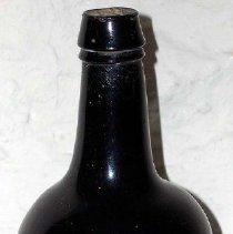 Image of 1975.017.169 - Wine Bottle