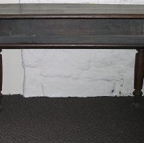 Image of 1975.017.223 - Table
