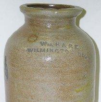 Image of 1981.008.010 - Jar