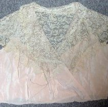 Image of 1985.019.012 - Bodice
