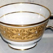 Image of 1986.006.008 a - Teacup